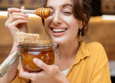 Descubre los beneficios de la miel